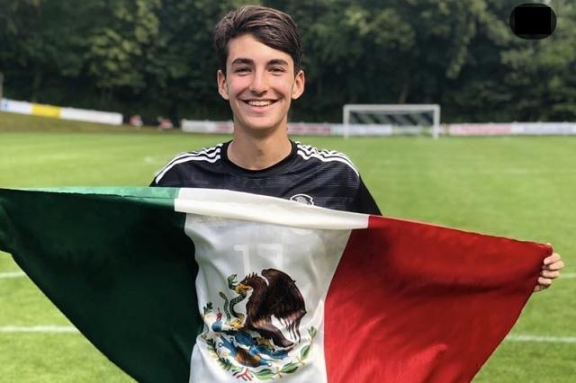 Diego, hijo del 'Loco' Abreu, deseoso por jugar con Chivas