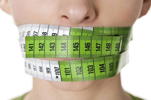 Mujer le pide el divorcio a su esposo porque se puso a dieta y lucía mejor
