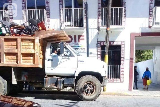 Evidencian presunto saqueo del ayuntamiento de Huauchinango