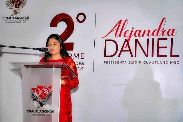 Rinde Informe Alejandra Daniel, presidenta del SMDIF de Cuautlancingo