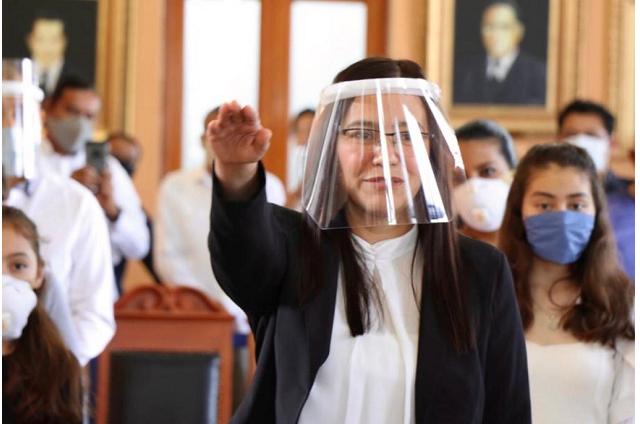 Toma protesta nueva presidenta del DIF de Tehuacán