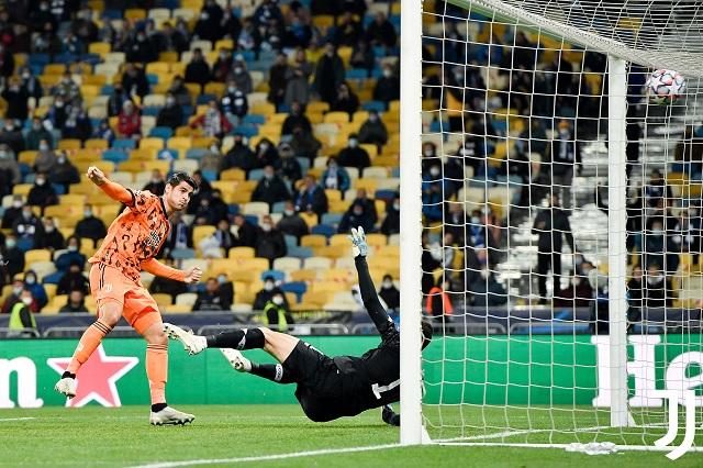 Arranca Juventus con pie derecho; gana 2-0 sin Cristiano