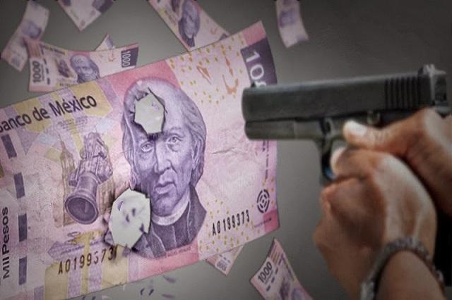 Ladrones con bata blanca quitan 130 mil pesos a cuentahabiente