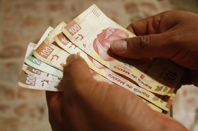 La engañan con falso billete de lotería y le quitan 350 mil pesos