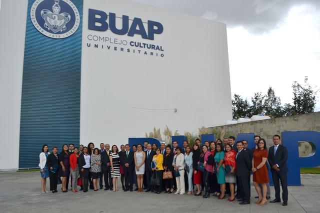 Concluye en BUAP diplomado en rendición de cuentas en el SNA