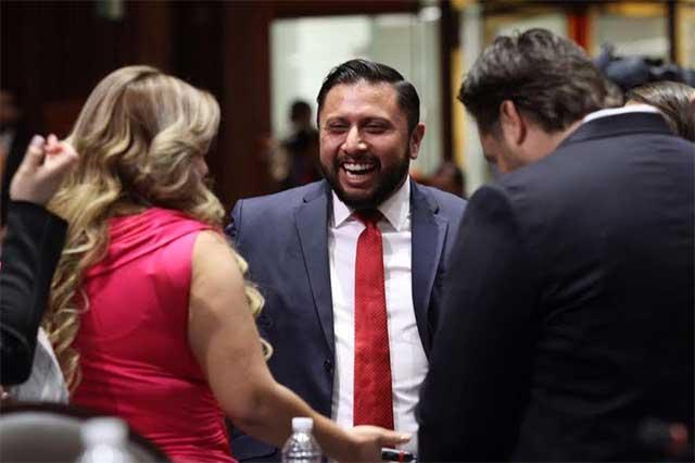 Capturan y presentan ante el juez al príista Antonio Tarín García
