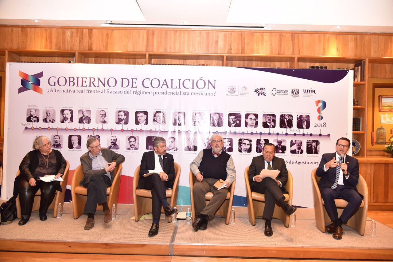 Diputado Piña participa en foro sobre gobiernos de coalición