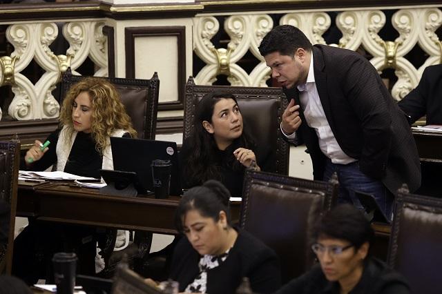 Insisten morenistas en expulsar a sus 13 diputados en Puebla