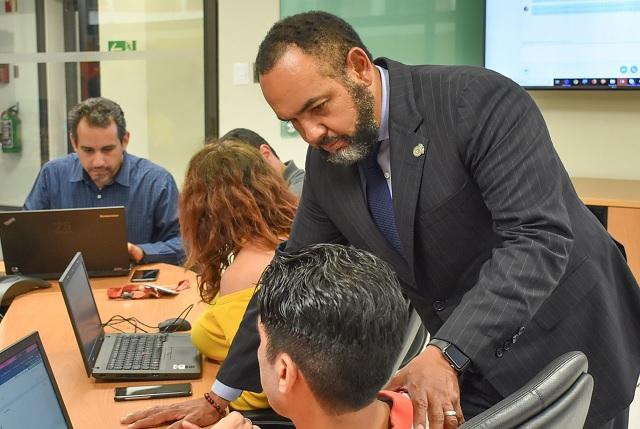 Directivo UDLAP participa en seminario de ciber seguridad