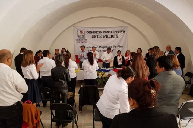 Elige dirigente para Puebla nuevo sindicato magisterial