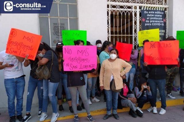 Acusan presencia de manifestantes pagados en plantón del edifico Morelos