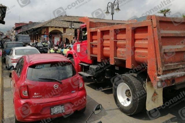 Transportistas de Zacapoaxtla piden ser tomados en cuenta para obras