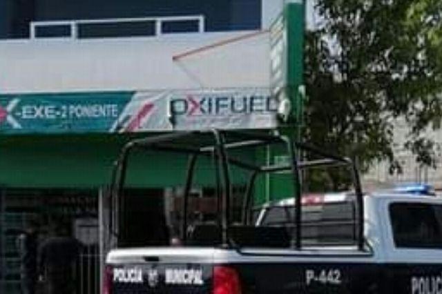 A punta de pistola asaltan gasolinera Oxifuel en Tehuacán