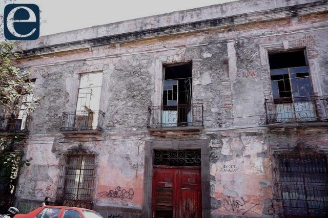 En riesgo de colapso casonas de más de 300 años en el centro de Puebla