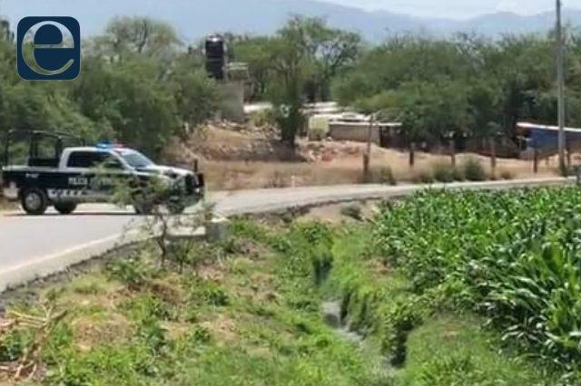 Hallan cuerpo de una mujer flotando en canal de riego en Tehuacán