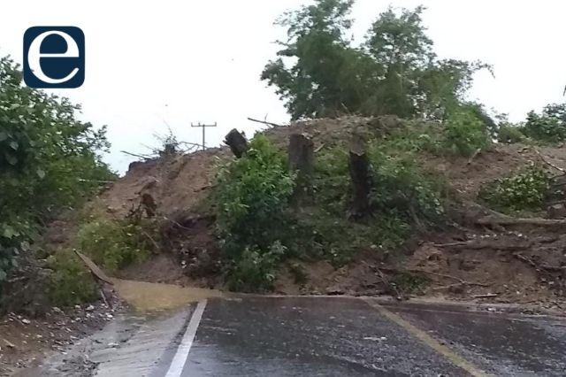 Lluvias ocasionan derrumbes en Teziutlán y Tlatlauquitepec