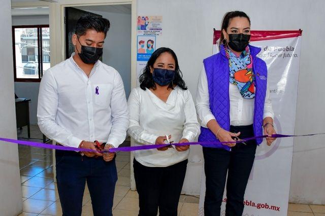 Inaugura Lupita Daniel, unidad contra violencia en Almecatla