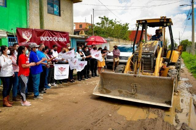 Arranca Lupita Daniel 2 obras de pavimentación en Sanctorum