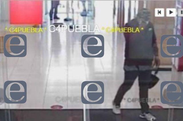 Ladrón atraca Scotiabank en pleno centro de Texmelucan