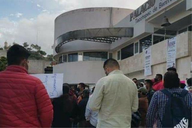 Habrá 30 despido más en Comuna de Tlacotepec