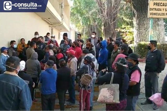 Se quejan pobladores de Texmelucan por alza en tarifas de luz