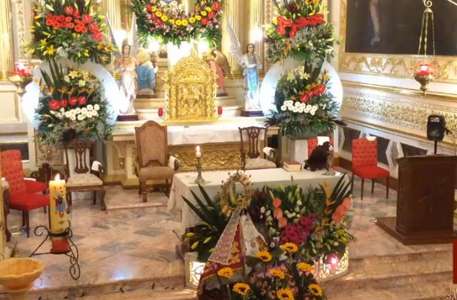 Sin feligreses, festejan a la Virgen de los Remedios en Puebla