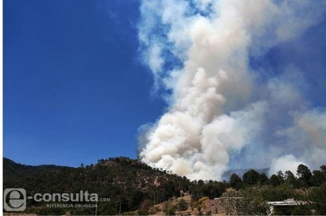 Registran otro incendio forestal, ahora en Ocotepec