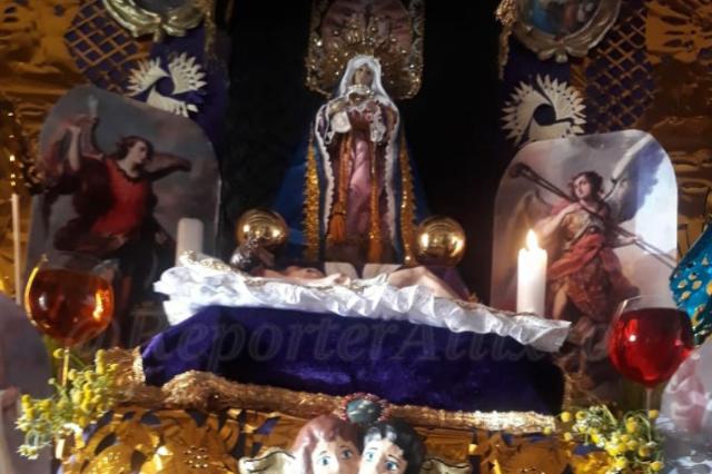 Piden rescatar en Atlixco tradición de altares de Dolores