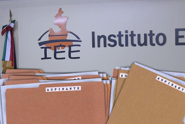Abogada del PES y personal de TEEP van por presidencia de IEE