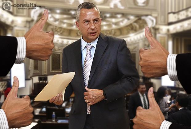 Mayoriteo del Congreso pone a Carrancá 7 años en la Fiscalía
