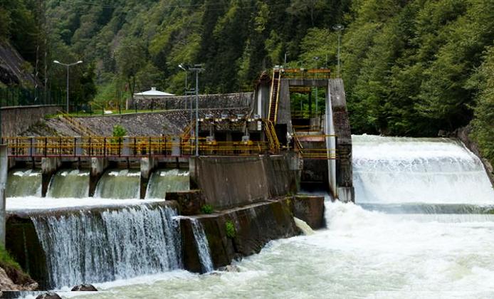 Filial de ICA se lanza por 4 hidroeléctricas en el Río Apulco
