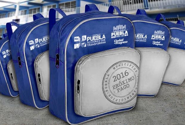 Ediles comprometen recursos de 2016 para regalar mochilas