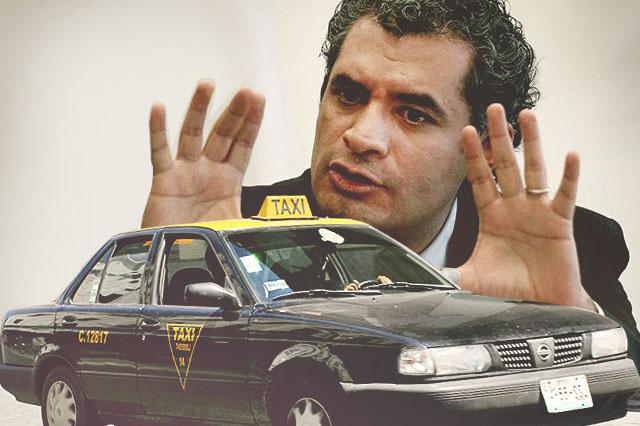 Enrique Ochoa Reza, dueño de pulpo taxista en Puebla