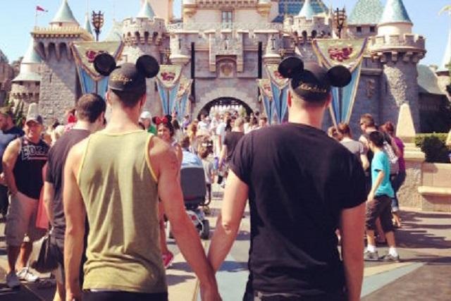 Disney realizará por primera vez su desfile del orgullo gay