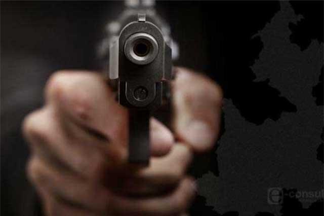 Sujetos armados roban motocicleta en Atlixco