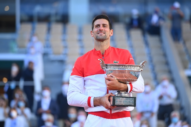 Novak Djokovic remonta en París y se corona en el Roland Garros