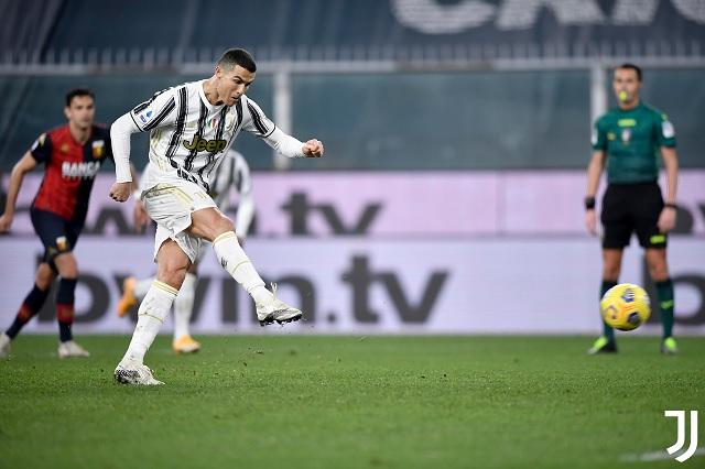 Cristiano Ronaldo vuelve a anotar un doblete en victoria de Juventus