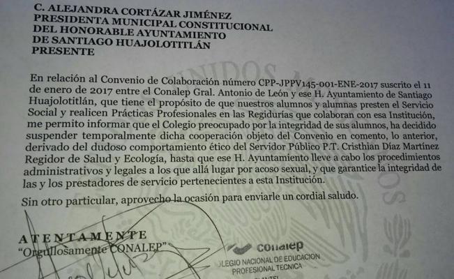Acusan a regidor de Santiago Huajolotitlán de acosar a alumnas del Conalep