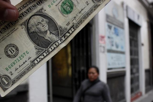 Sigue la depreciación del peso frente al dólar