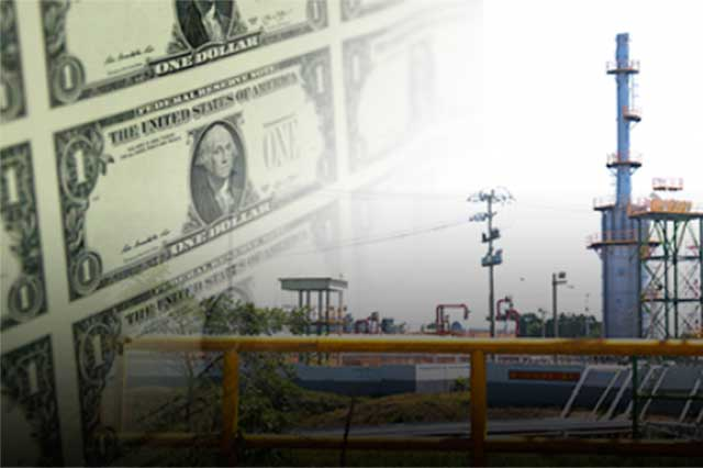 El dólar le gana 4 centavos más al peso y se vende en 17.55
