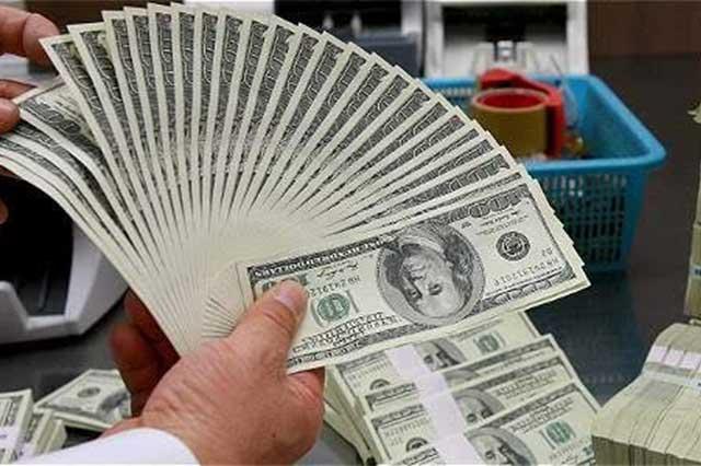Se dispara el precio del dólar y ya se vende en 19.30 pesos
