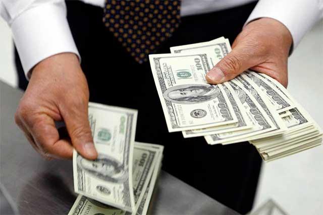 El dólar se vende en promedio en 20.63 pesos en la CDMX