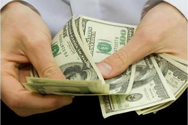 Se dispara el dólar a $19.33