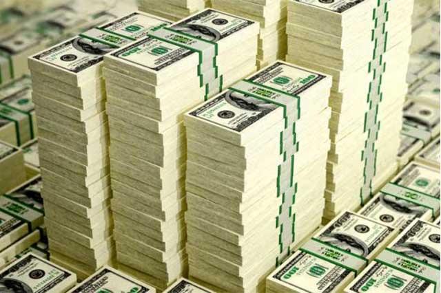 Se dispara el precio del dólar y se vende hasta en 23.00 pesos