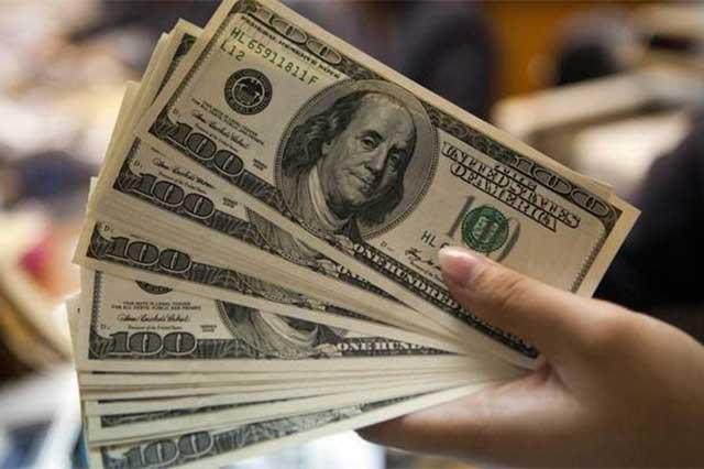 Abre el dólar en 21.76 en casas de cambio de la CDMX