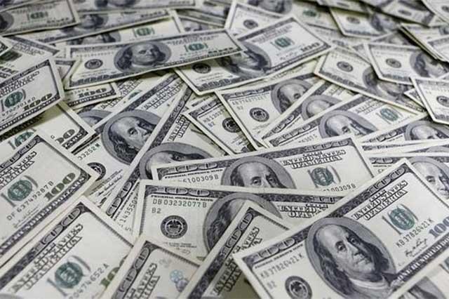 Abre el dólar la jornada cambiaria en 20.96 pesos