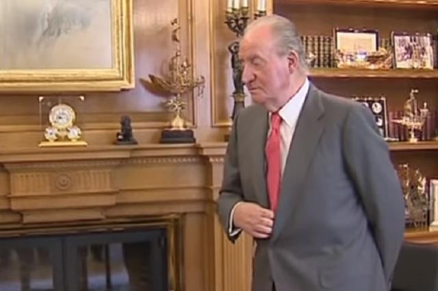 Don Juan Carlos anuncia su retirada de la vida pública