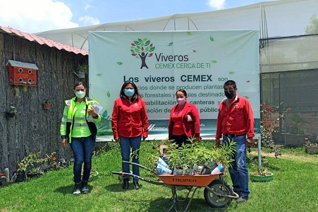 CEMEX dona árboles para un Cuautinchán más verde