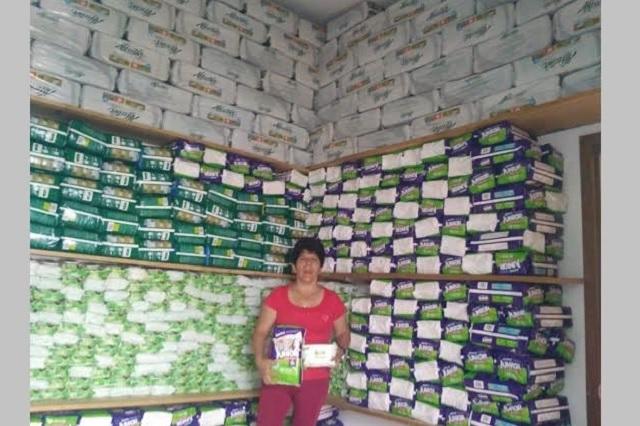 """Donan 3 mil pañales a asilo """"Los Olivos"""" en Teziutlán"""