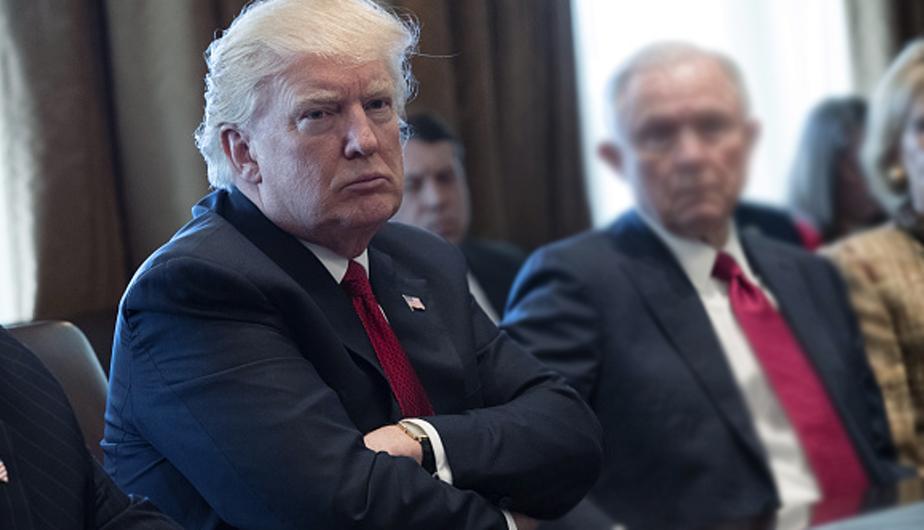 Republicanos no avalarán recursos adicionales para el muro de Trump